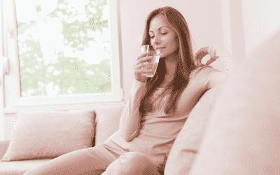 Perché bere acqua tiepida fa bene alla salute?